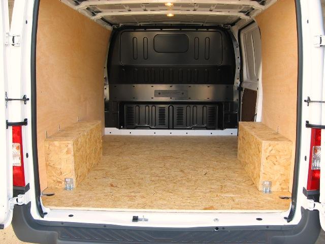 tr s transit custom am nag eq27 montrealeast. Black Bedroom Furniture Sets. Home Design Ideas